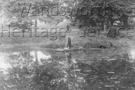 down_lodge_estate_pond_1911